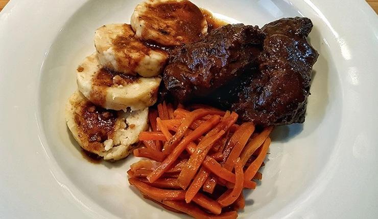 edles-fleisch-rezepte-paul-cooks-irische-ochsenbaeckchen-low-and-slow