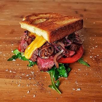 edles-flesich-rezepte-paul-cooks-flapwich-us-flapmeat-sandwich-angerichtet
